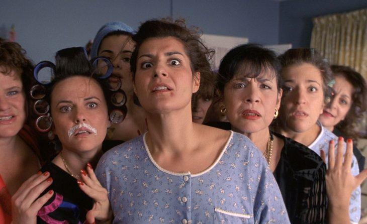 grupo de mujeres con cara de sorpresa