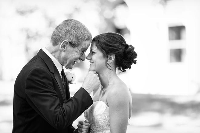 padre con hija el dia de la boda