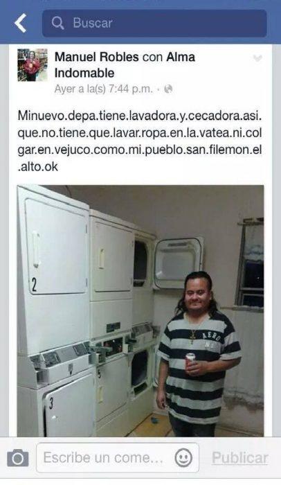 captura hombre junto a lavadora
