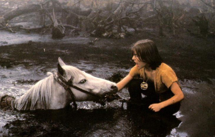 Muerte de artax en la película la historia sin fin