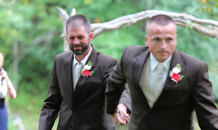Todd Blackburn padre de la novia y Todd Cendrosky padrastro