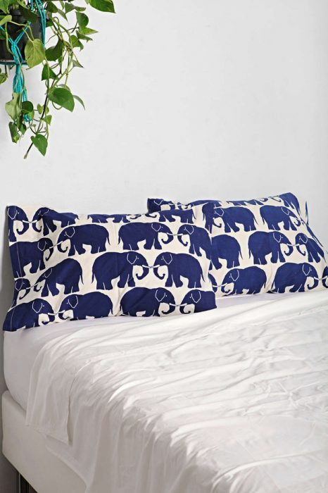 fundas para almohada con elefantes