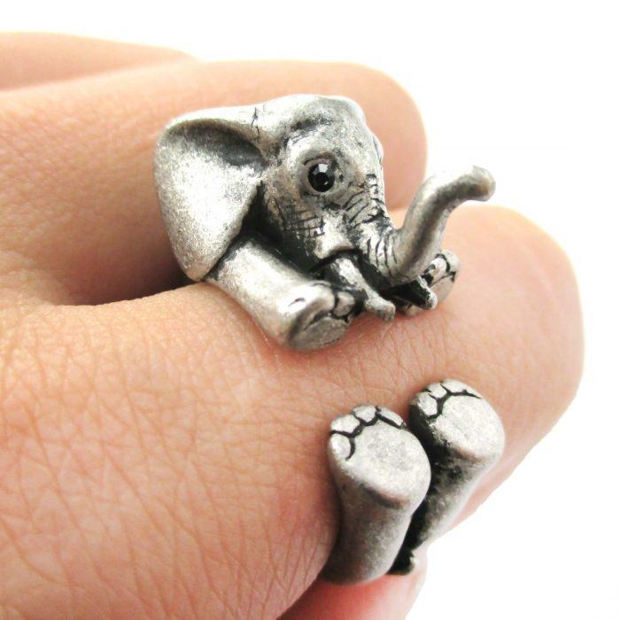 anillo en forma de elefante