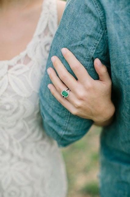 anillo compromiso verde