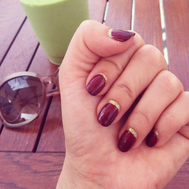 manicure con brillo