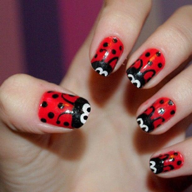 manicure rojo catarinas