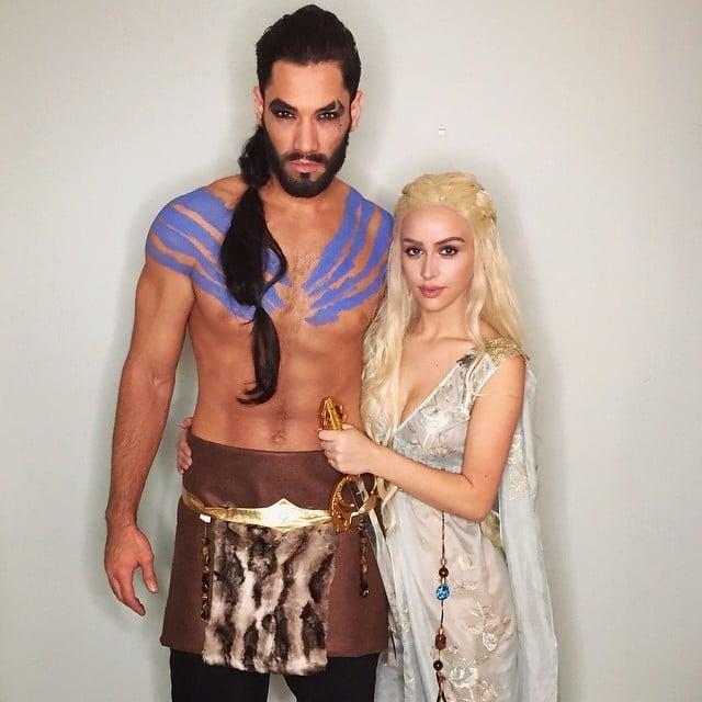 pareja disfrazada de kahaleesi y drago