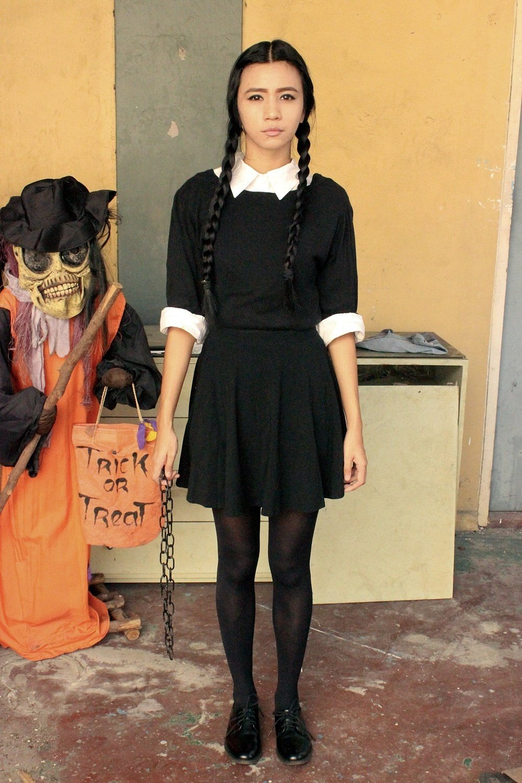 Sexy hija halloween pic