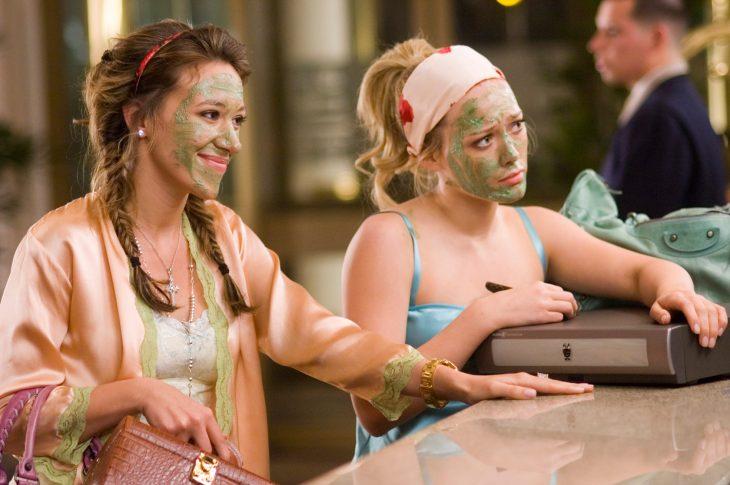 Escena de la película Chicas materiales