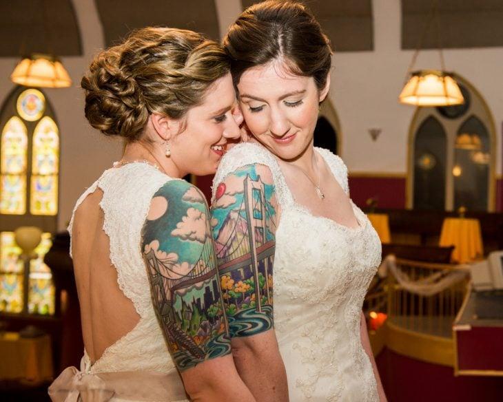 Mujeres con tatuajes en pareja