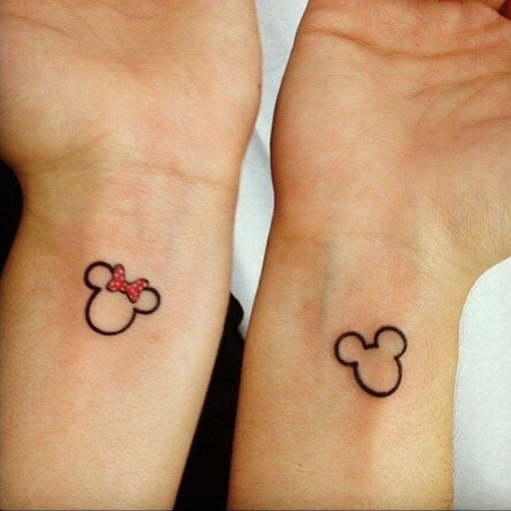 30 fotos de ideas de tatuajes para las parejas enamoradas. Black Bedroom Furniture Sets. Home Design Ideas