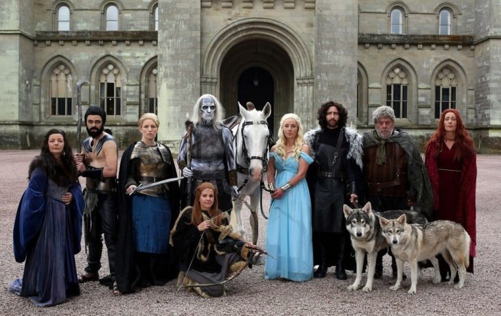 familia disfrazada de Game of thrones
