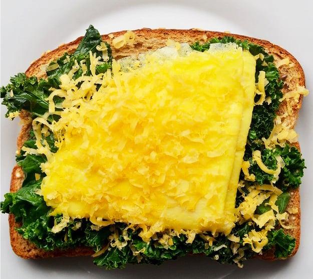 emparedado de acelgas con queso