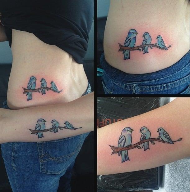 tatuajes madre e hijas aves