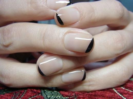 manicure francés puntas negras