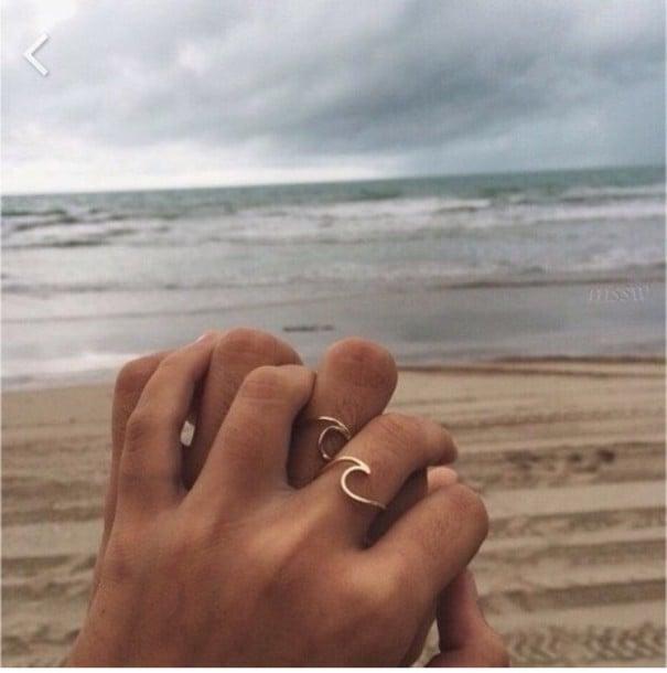 anillos de promesa olas