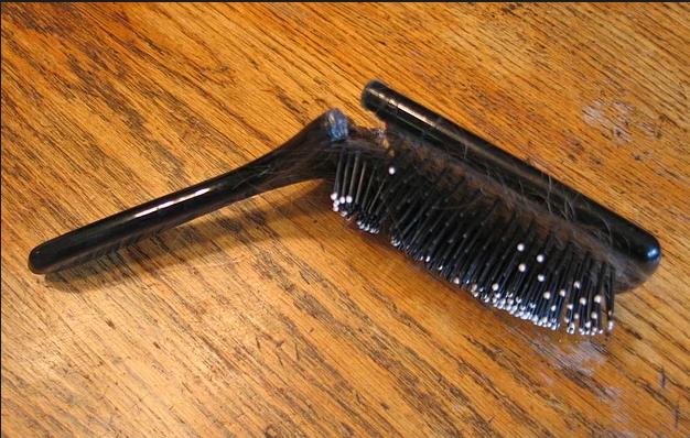 cepillo quebrado