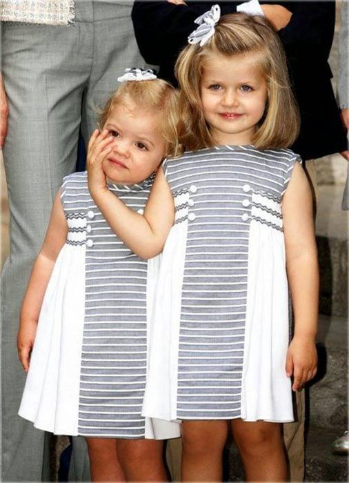 Infanta sofia y leonor vestidas con la misma ropa