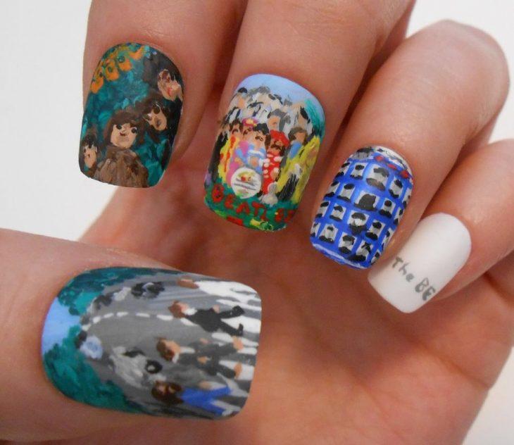 arte de uñas portadas beatles