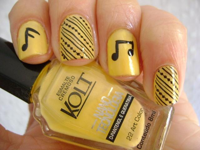 arte de uñas notas musicales