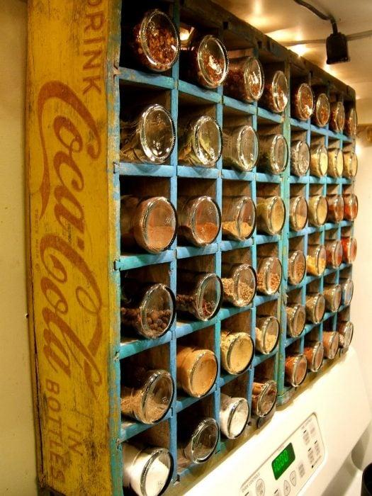 caja de refrescos antigua de madera