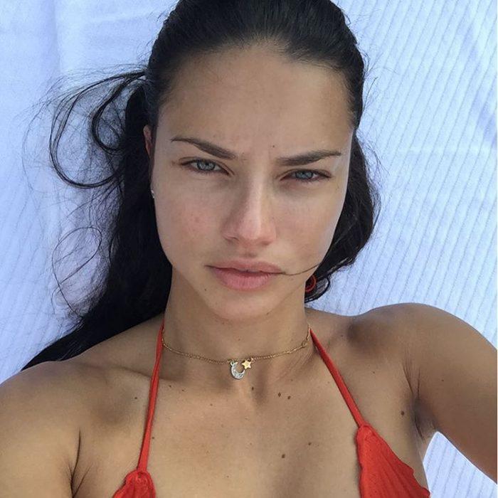 Modelo Adriana Lima sin maquillaje