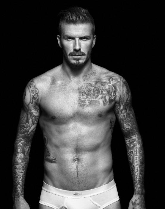 David Beckham modelando ropa interior