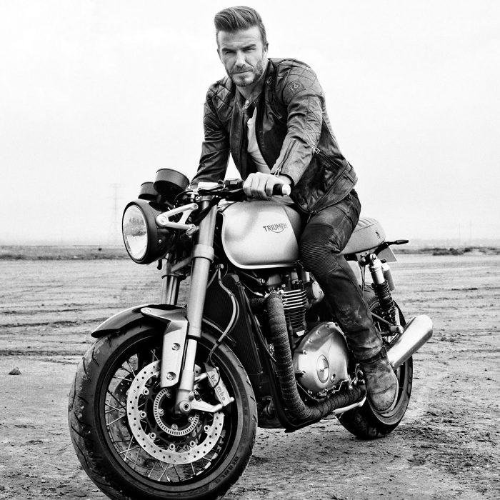 David Beckham en una moto