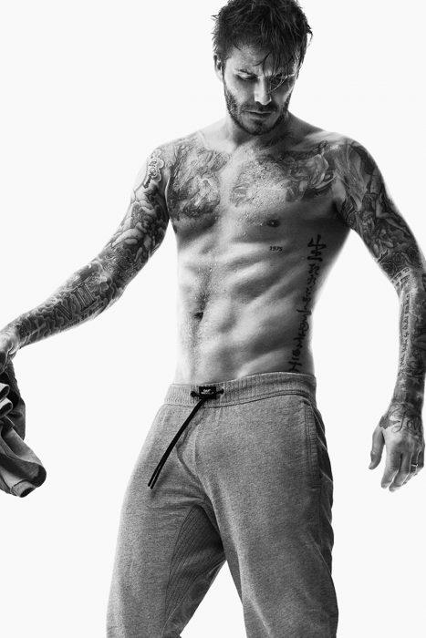 David Beckham con el cabello mojado
