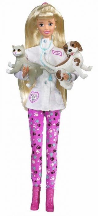 Muñeca barbie de los 90's como veterinaria