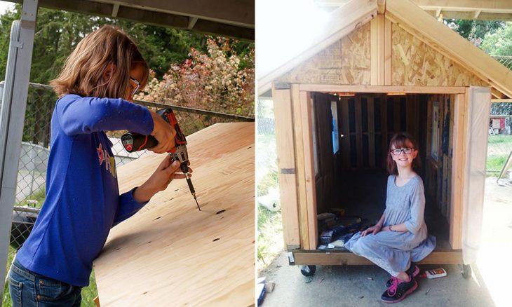 niña construye casas para las personas sin hogar