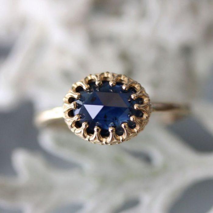 anillo piedra azul