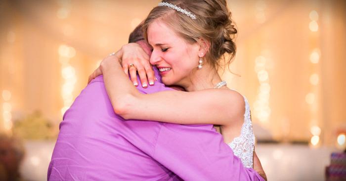 Mujer sobreviviente de cáncer baila en su boda con el donador que le salvó la vida