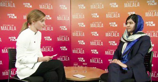 La acttriz y embajadora de buena voluntad de la ONU mujeres Emma Watson entrevistó al Premio Nobel de la paz Malala Yousafzai en el Festival de Cine Yesterday