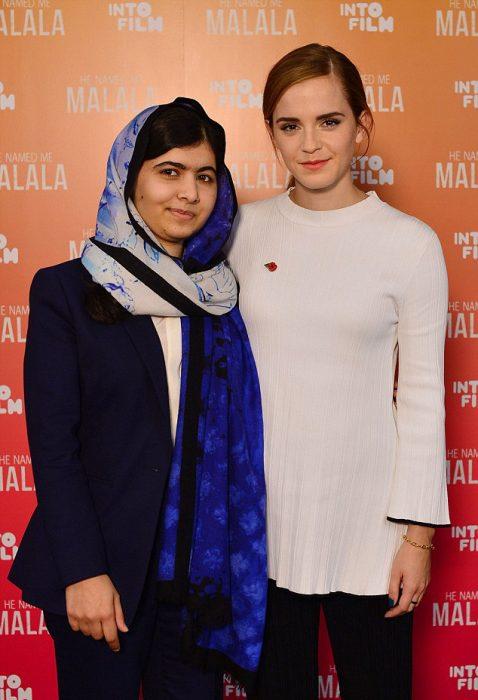 Malala y Emma Watson abrazadas