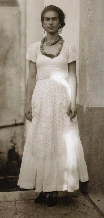 Frida Kahlo, Fotografía por Guillermo davila en 1929