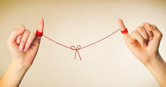Leyenda que cuenta que todos estamos atados al amor de nuestra vida por un hilo rojo