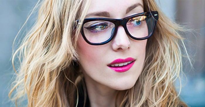 81dd7621d4 10 Trucos de maquillaje para las chicas que usan lentes