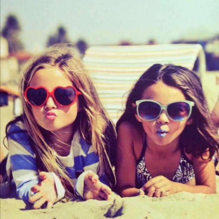 niñas con lentes