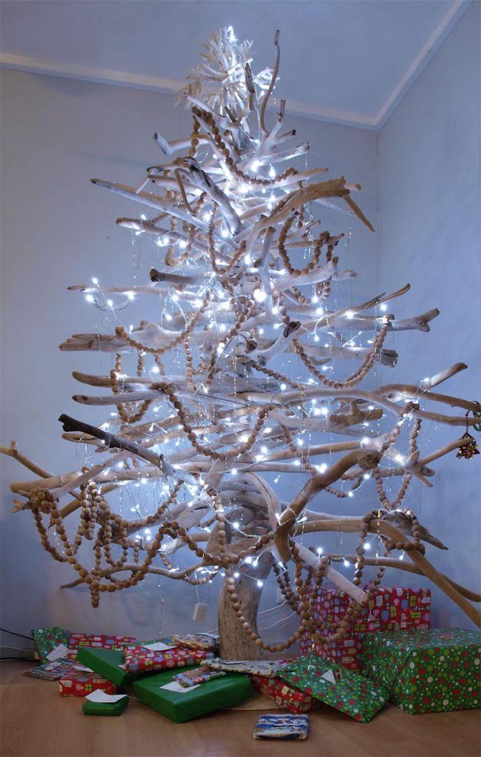 25 rboles de navidad creativos y originales hechos por ti - Arbol de navidad adornos ...