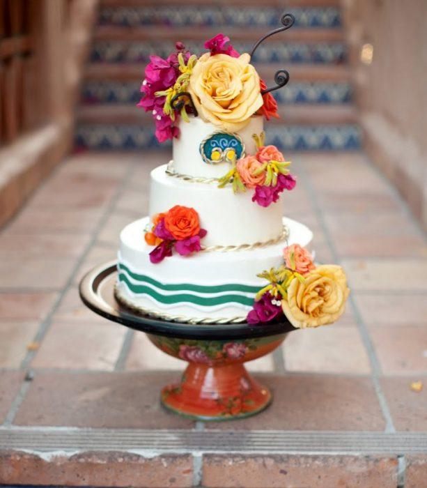 pastel de bodas de colores