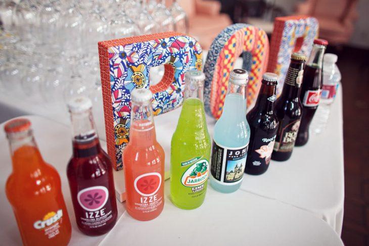 refrescos de colores barra de boda