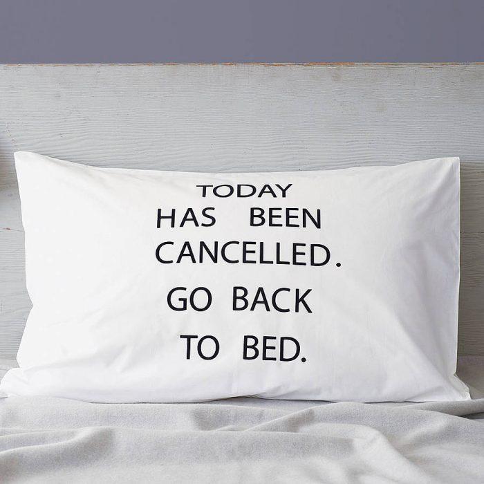 almohada que dice que amas dormir