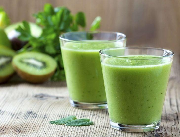 Jugo de frutas verdes