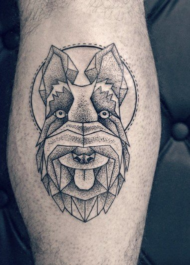 Tatuaje de cara de schnauzer