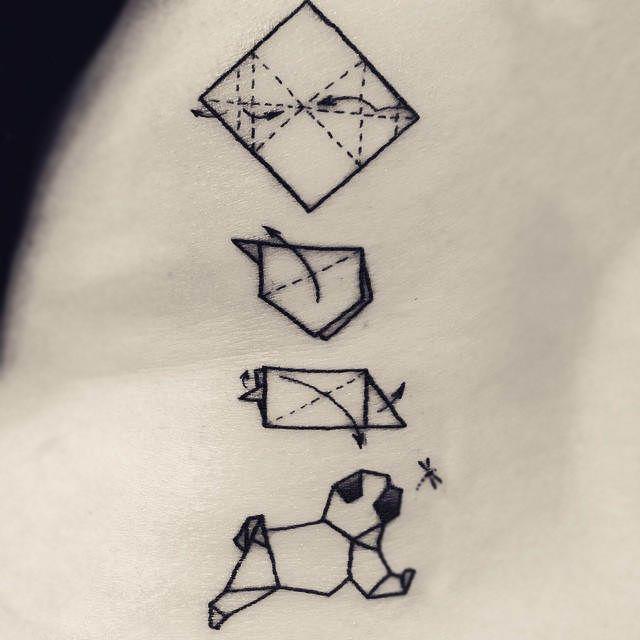 Tatuaje de pug de origami