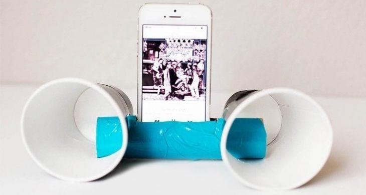 Bocinas para el celular echas con vasos
