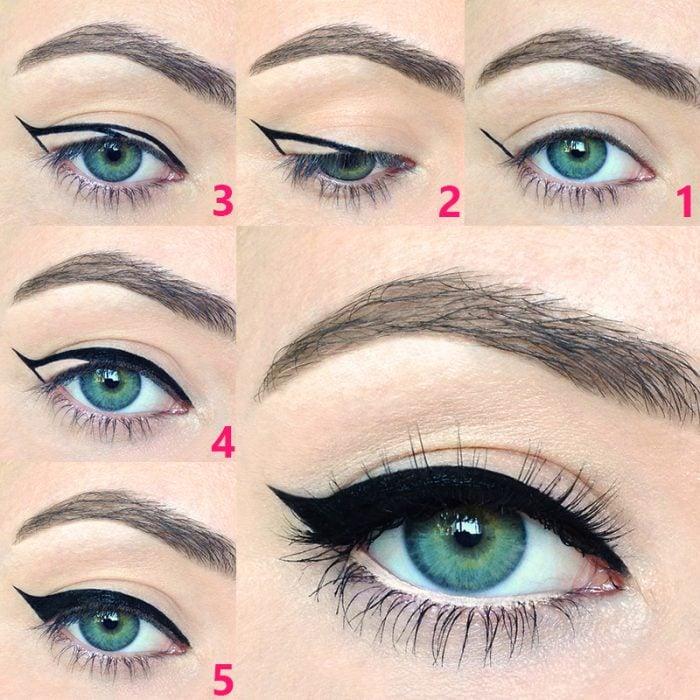 Chica delineando sus ojos con unos sencillos pasos