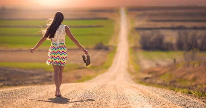 una serie de reflexiones acerca de la importancia de liberarnos de expectativas externas y comenzar a observar nuestro interior