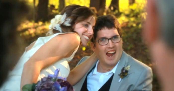 Esta es la historia de Ian y Larissa, dos chicos que después de que un terrible accidente cambio completamente su vida, decidieron pasar el resto de sus días juntos, luchando contra todas las criticas de que su relación jamás funcionaría